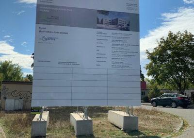 Neubau Pfrimmtalschule, Baustellenschild